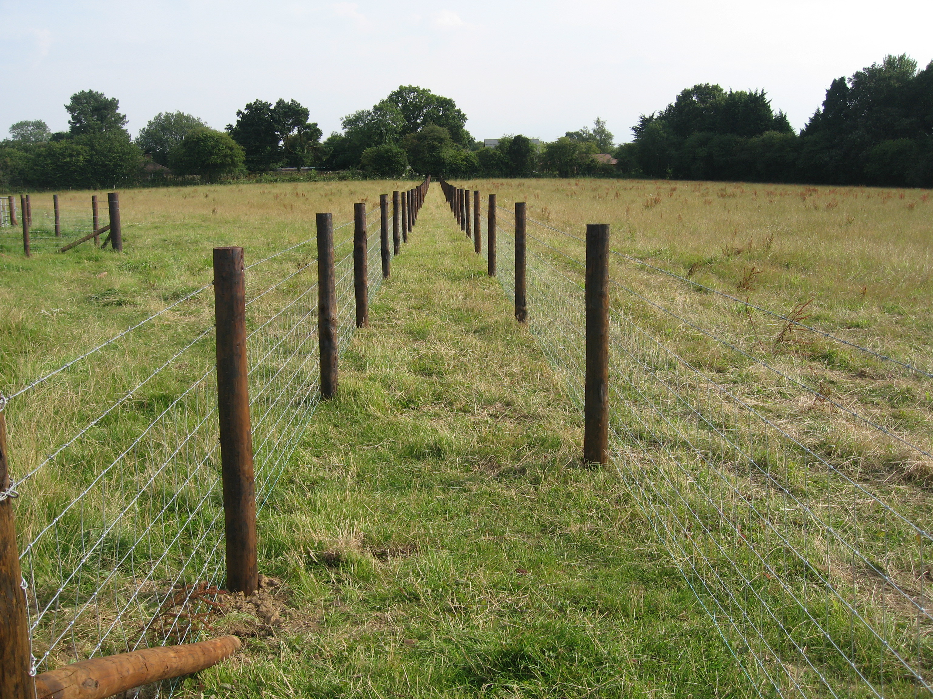 stockfence-hampshire-creosote