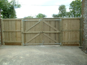 matchboard-entrance-gates-inside